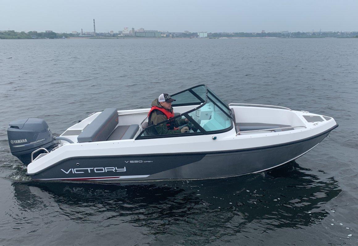 стеклопластиковая лодка виктори 515