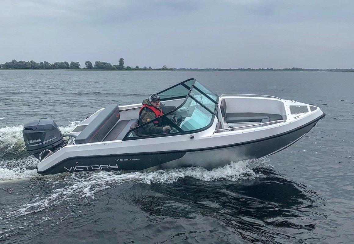 алюминиевая лодка виктори 515